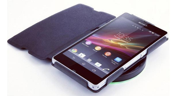 Смартфоны с беспроводными зарядками