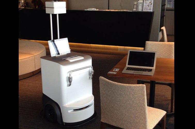 Принтер Fuji Xerox сам