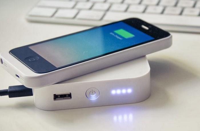 Зарядное утройство для iphone Bezalel ARK